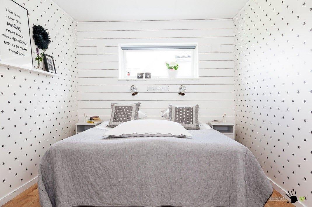 Светлая отделка для маленькой комнаты