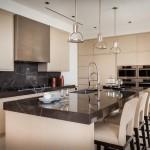 Выбираем практичные и красивые фасады для кухонных шкафов