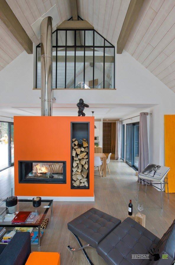 Оранжевый камин