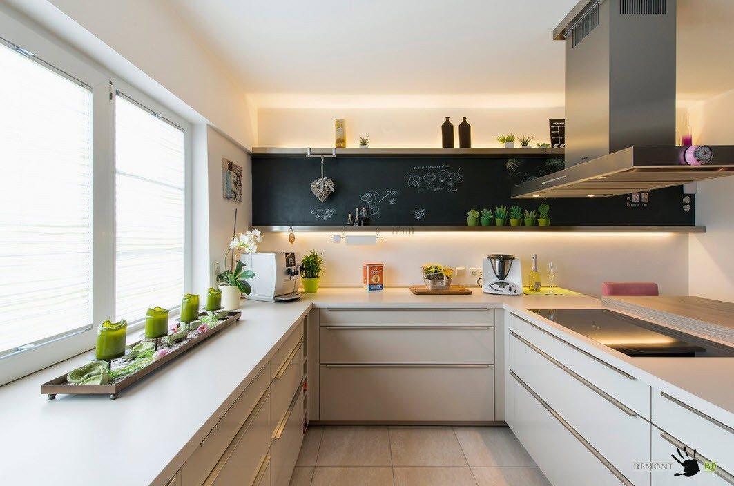 Планировка скромной кухни