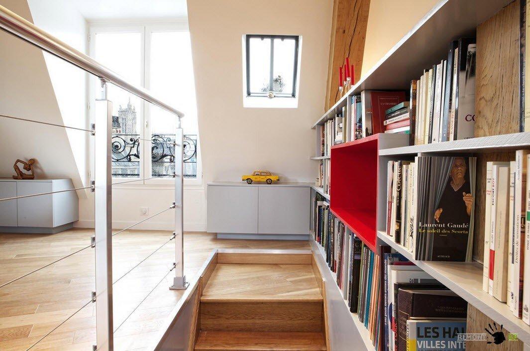 Открытый книжный стеллаж