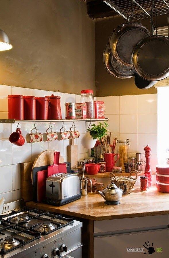 Яркие элементы в оформлении кухни