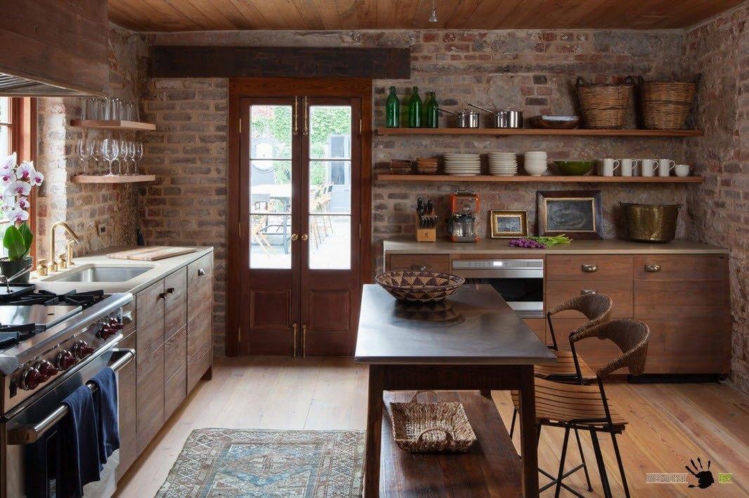 Кирпичная кладка в кухне