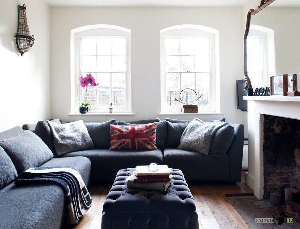 Серая мебель на белом фоне