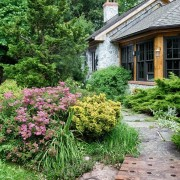 Ландшафтный дизайн частного двора