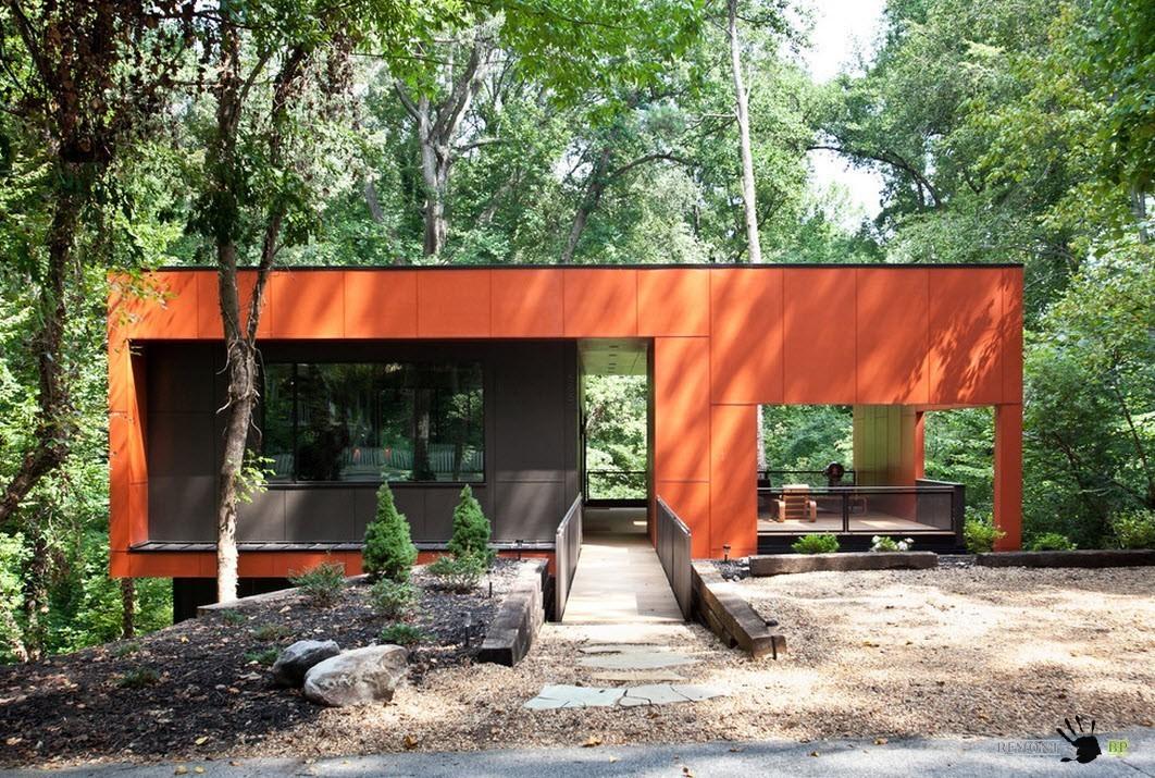 Оранжевый фасад