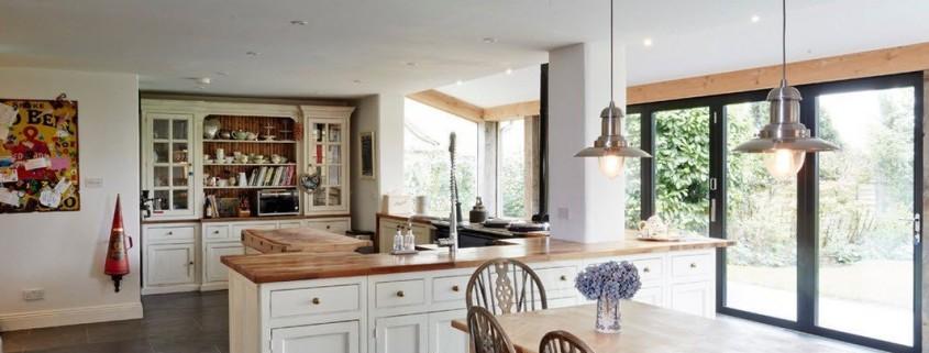 Дизайн кухни-столовой в частном домовладении
