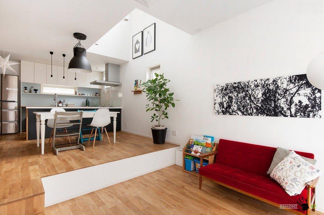 Открытая планировка просторной комнаты