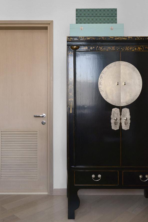 Дизайн старинного шкафа
