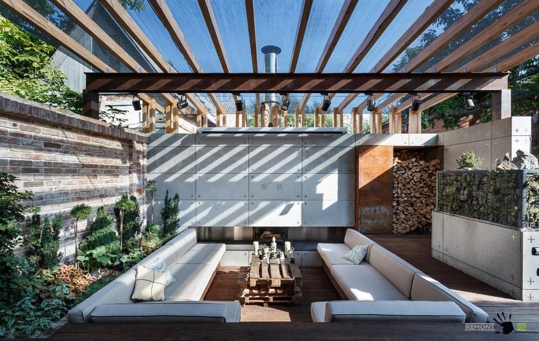 Прозрачная крыша навеса