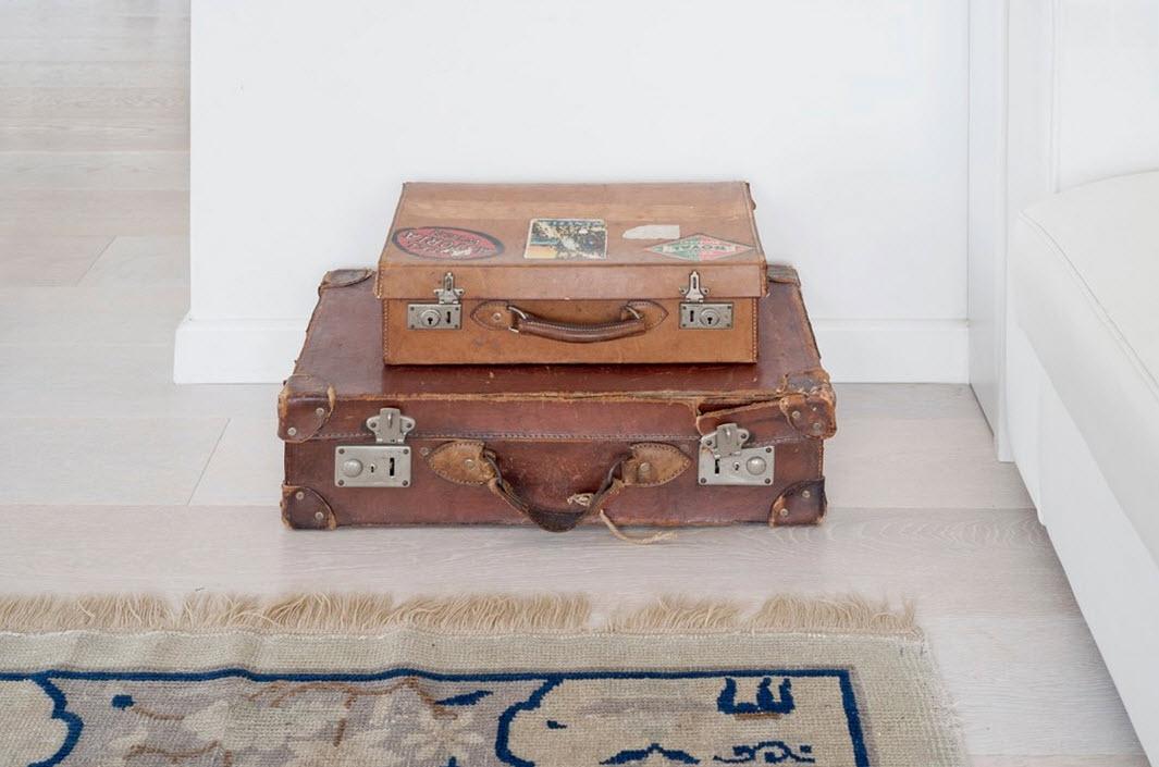 Старинные чемоданы