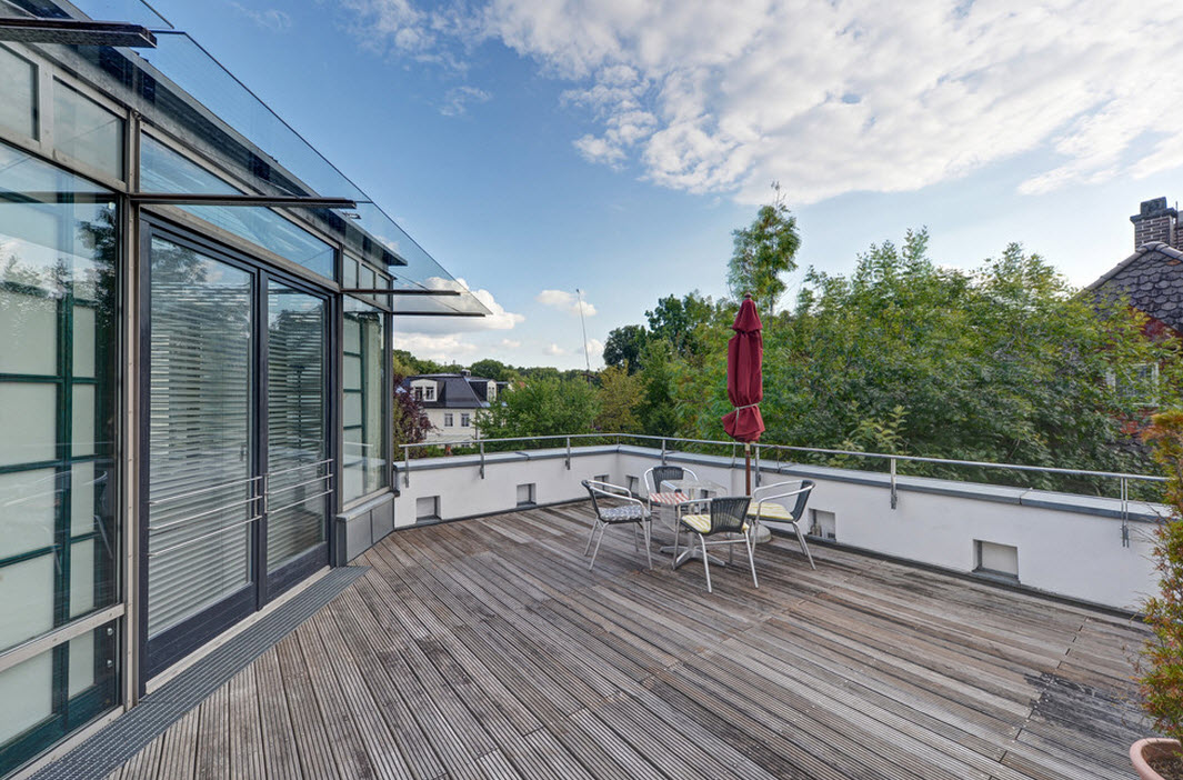 Открытая терраса с зоной отдыха