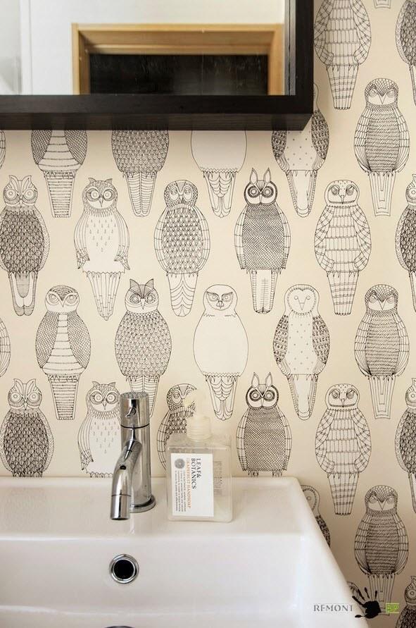 Принт с совами в ванной комнате