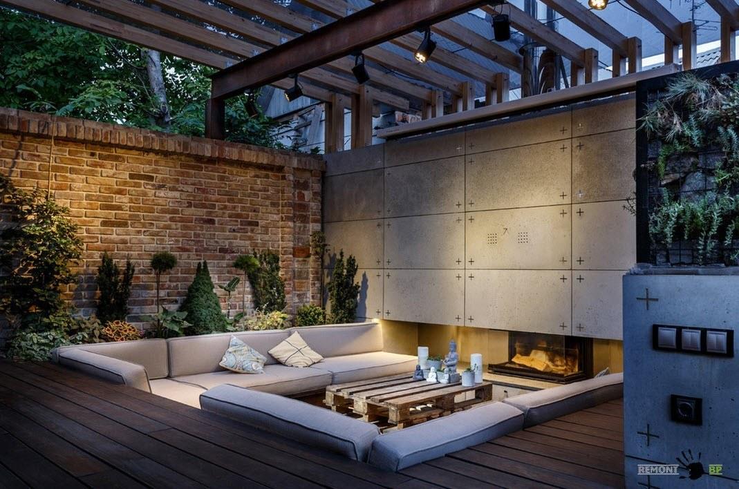 Кирпич, бетон, металл и поликарбонат как строительные материалы