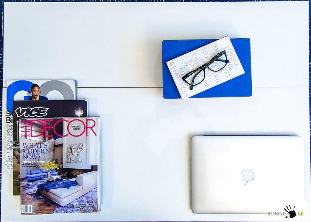 Белоснежный журнальный столик