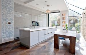 Интерьер кухни в лондонской квартире