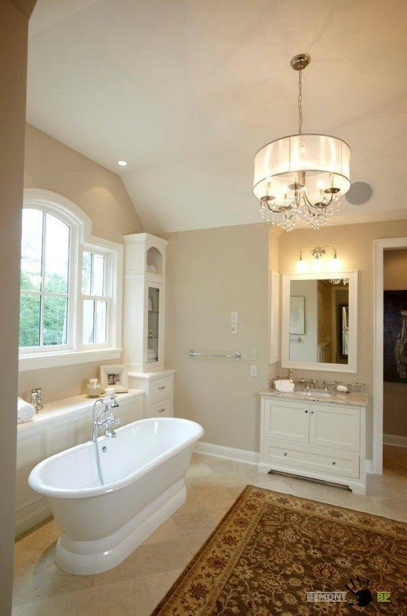 Chandelier for bathroom