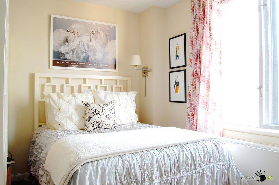 Однотонный и принтованный текстиль для спальни