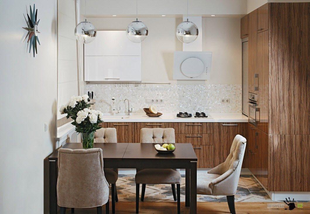 Описание: Мягкие кресла в кухне