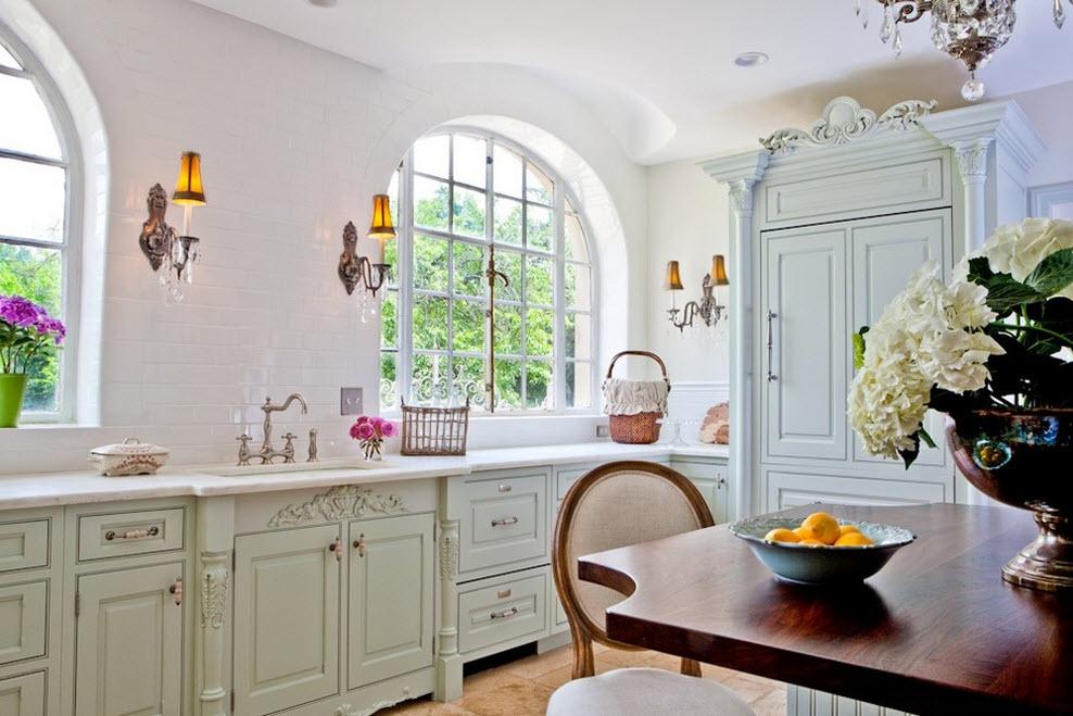 Резное оформление кухонного ансамбля