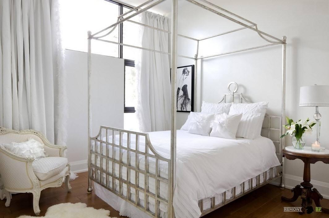 Кровать с балдахином для романтичного стиля