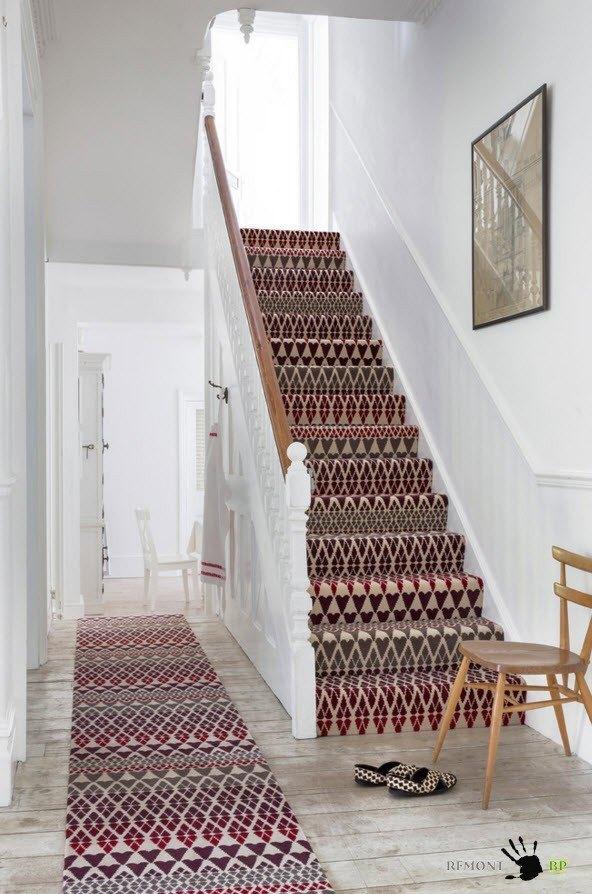 Ковровые дорожки для лестниц и коридоров