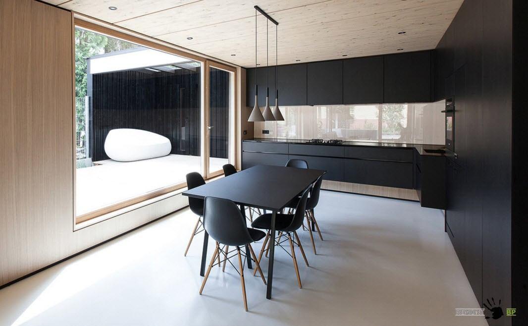Тотальный черный для просторной комнаты