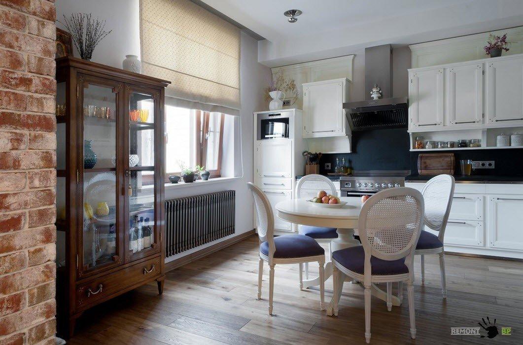 Описание: Шкаф-витрина для современной кухни