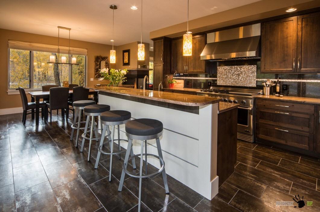 Темная плитка для современной кухни