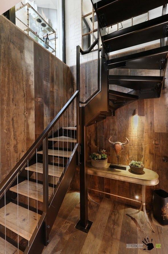 Дерево и металл для исполнения лестницы