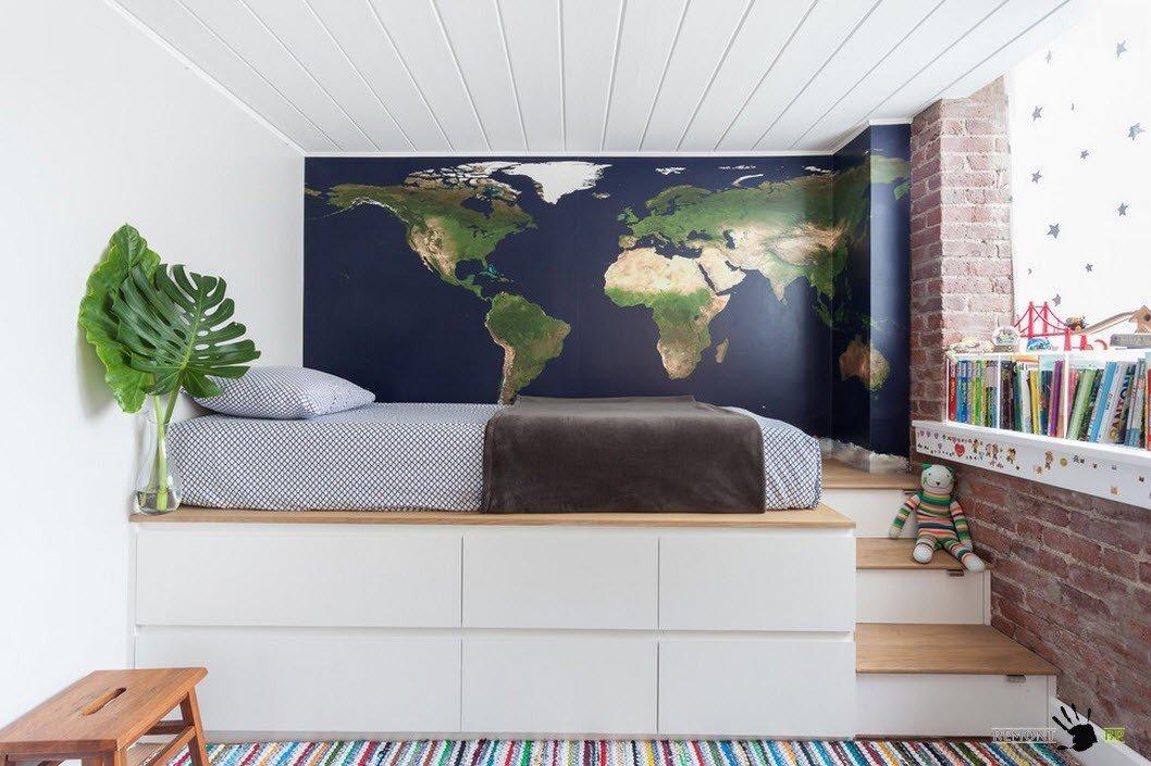 Спальное место на помосте