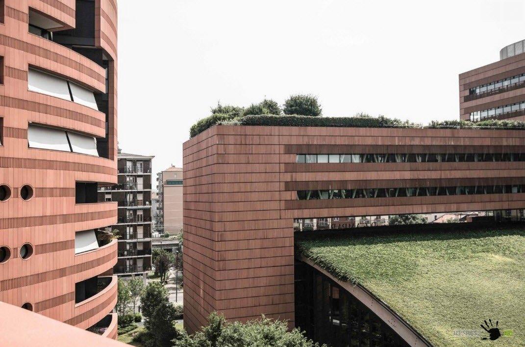 Многоквартирный дом в Милане