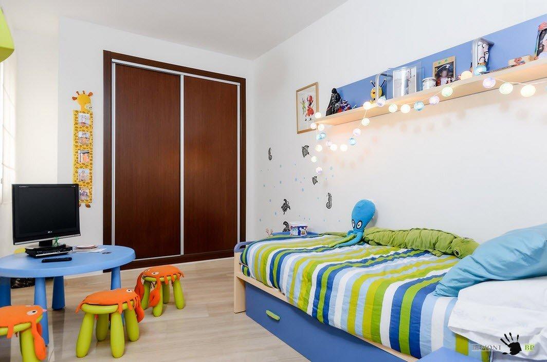 Яркая мебель для детской