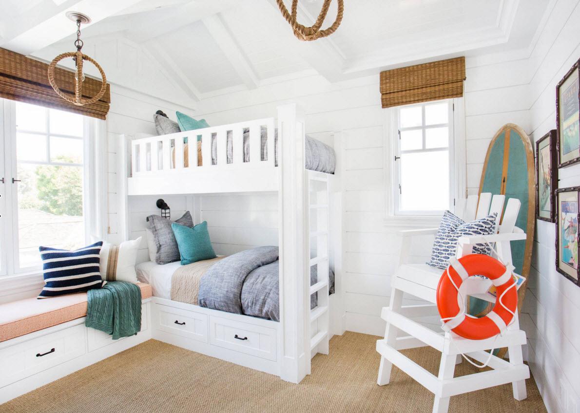 Белоснежная мебель для детской