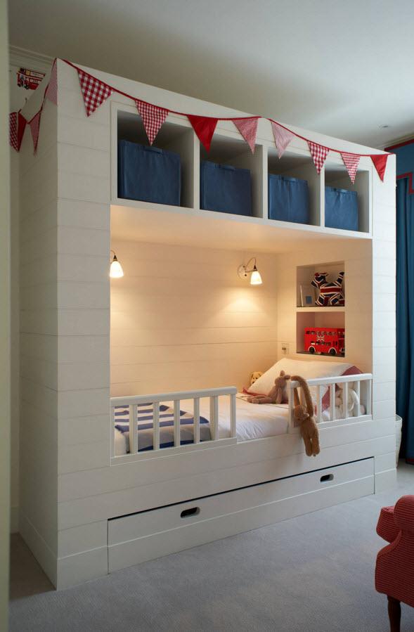 Уютная кровать с системой хранения