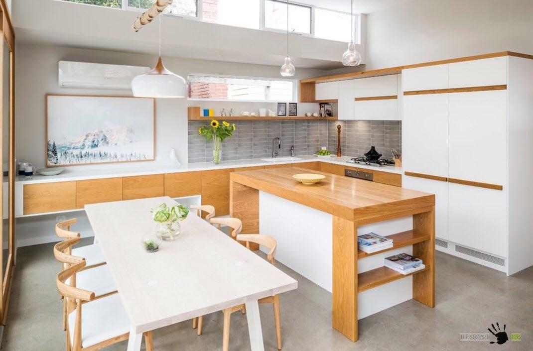 Обеденная зона в кухонном пространстве