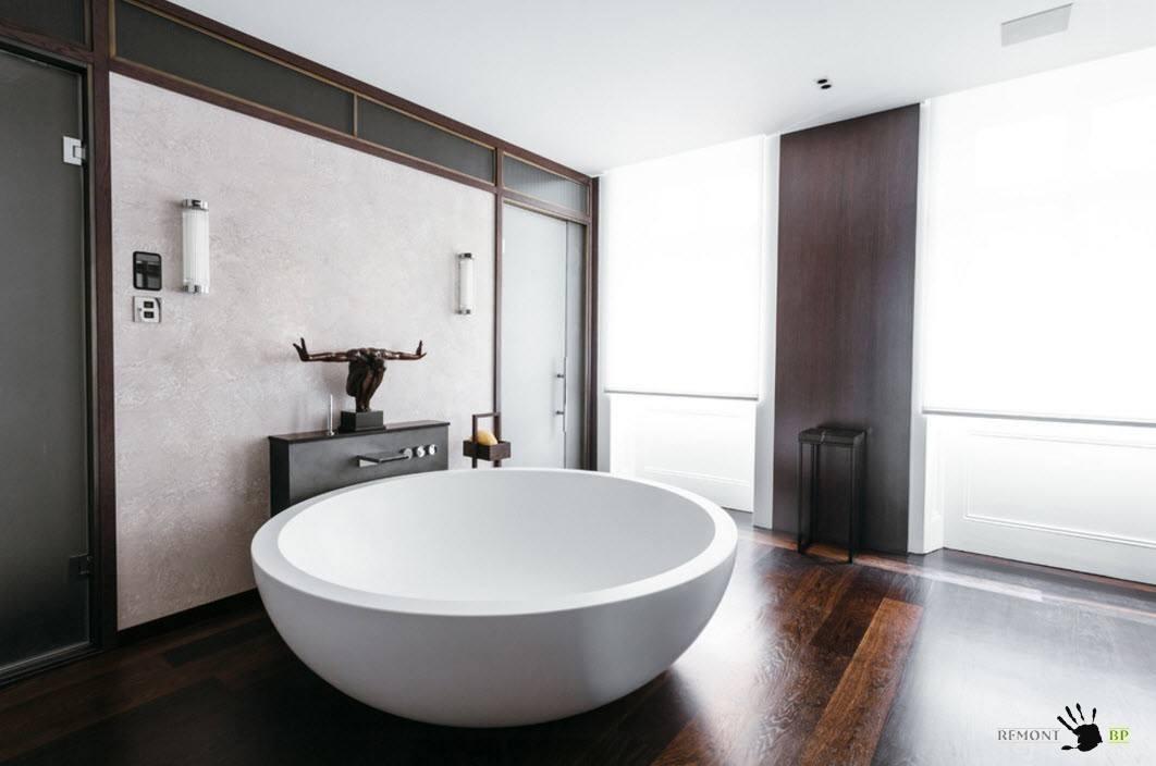 Круглая ванная в роскошной комнате