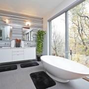 Выбор плитки для современного интерьера ванной