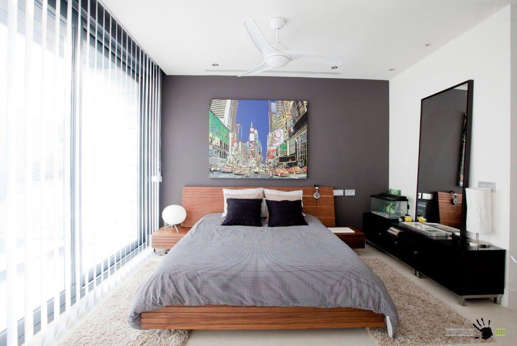Спальня с современной меблировкой