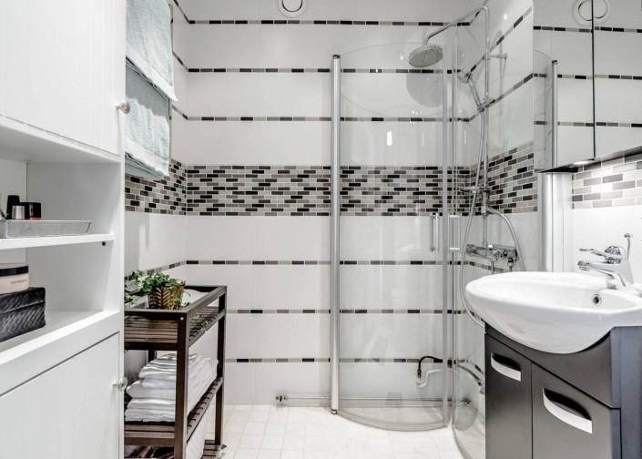 Ванная комната дизайн модная плитка 2017-2018 для маленькой