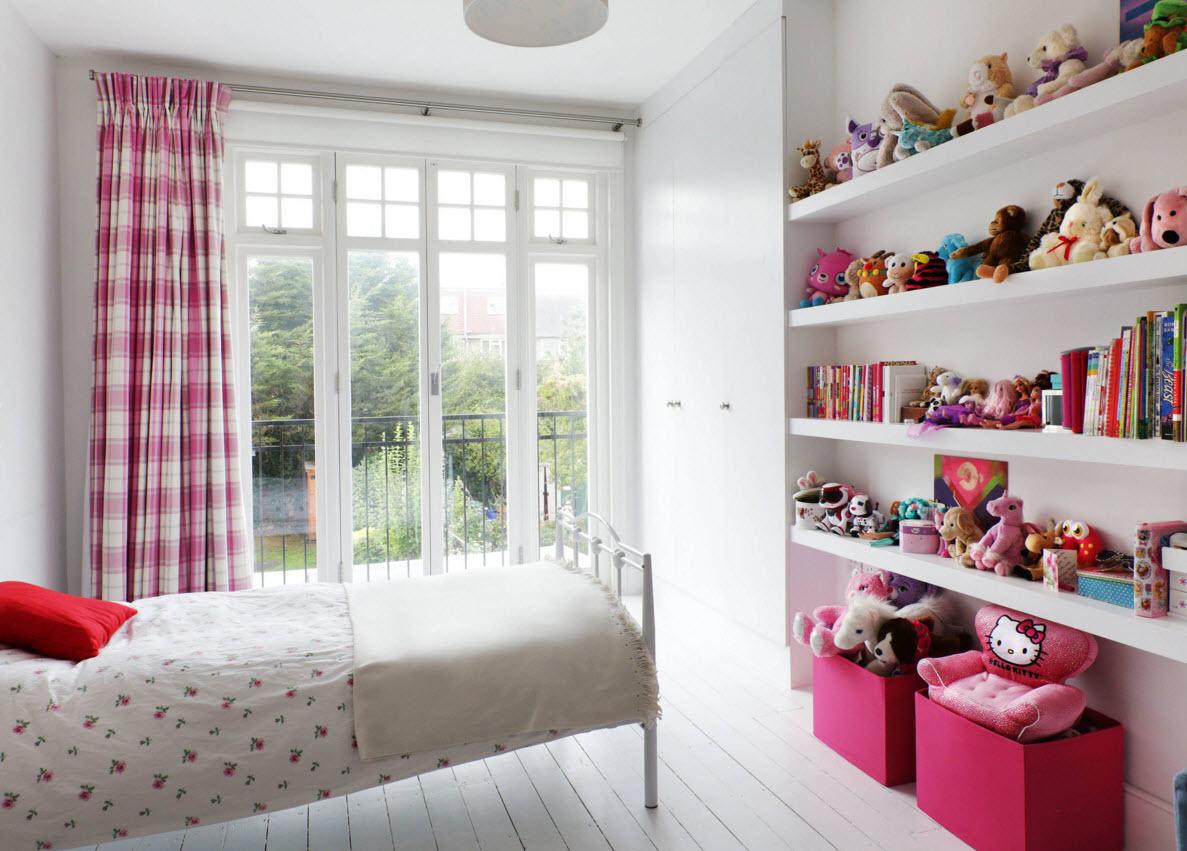 Панорамное окно в детской
