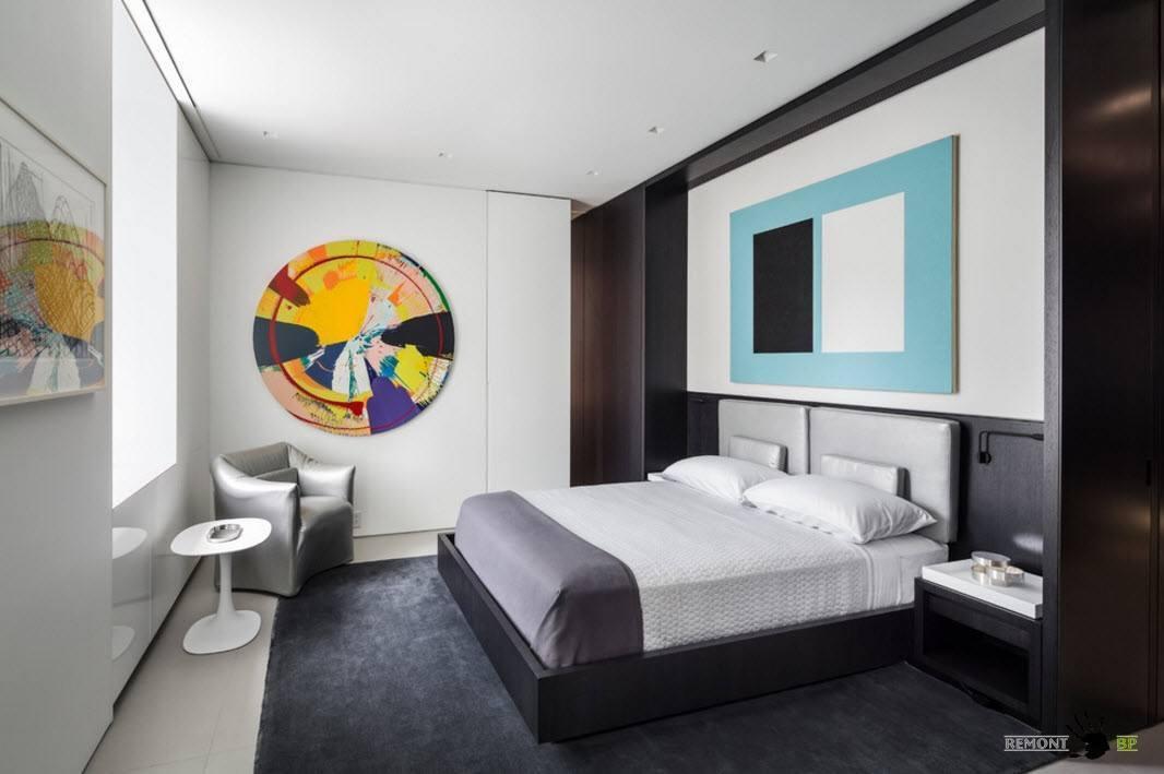 Строгая геометрия в спальне