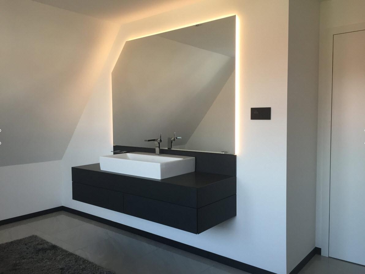 Черно-белая ванная комната