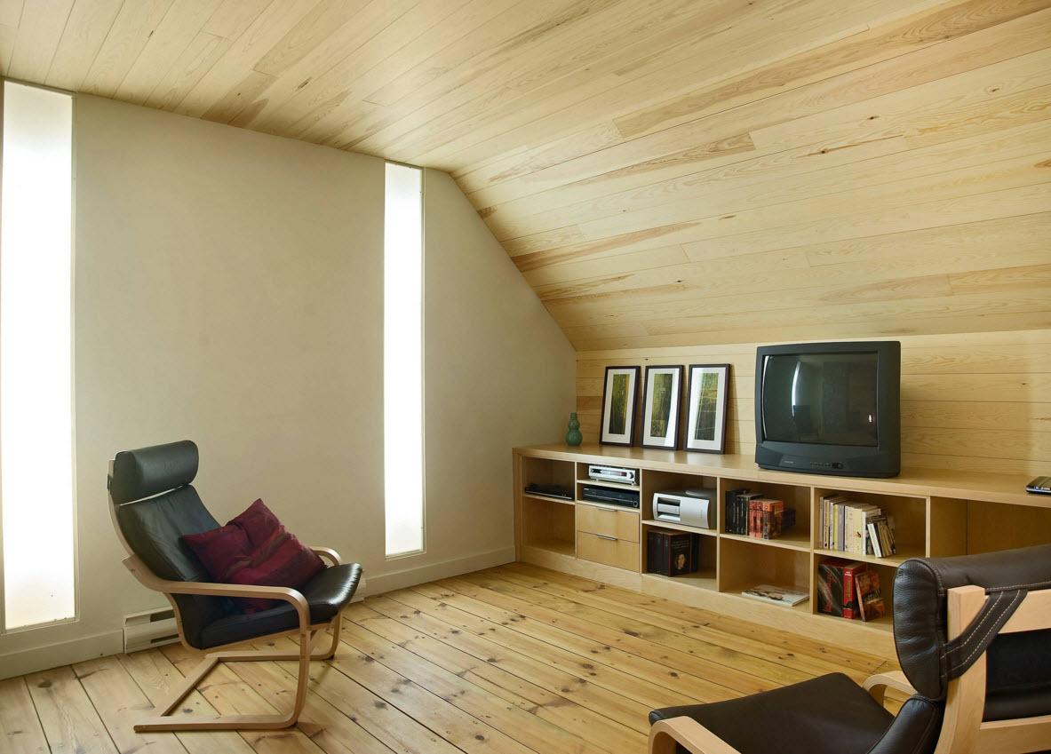 Гостиная с асимметричным потолком