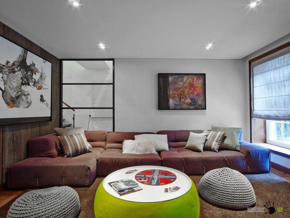 Эклектичный подбор мебели