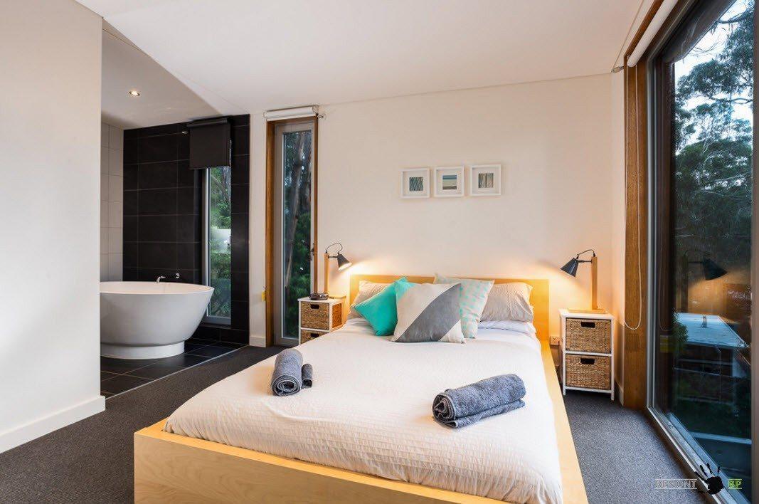 Ванная зона в спальне