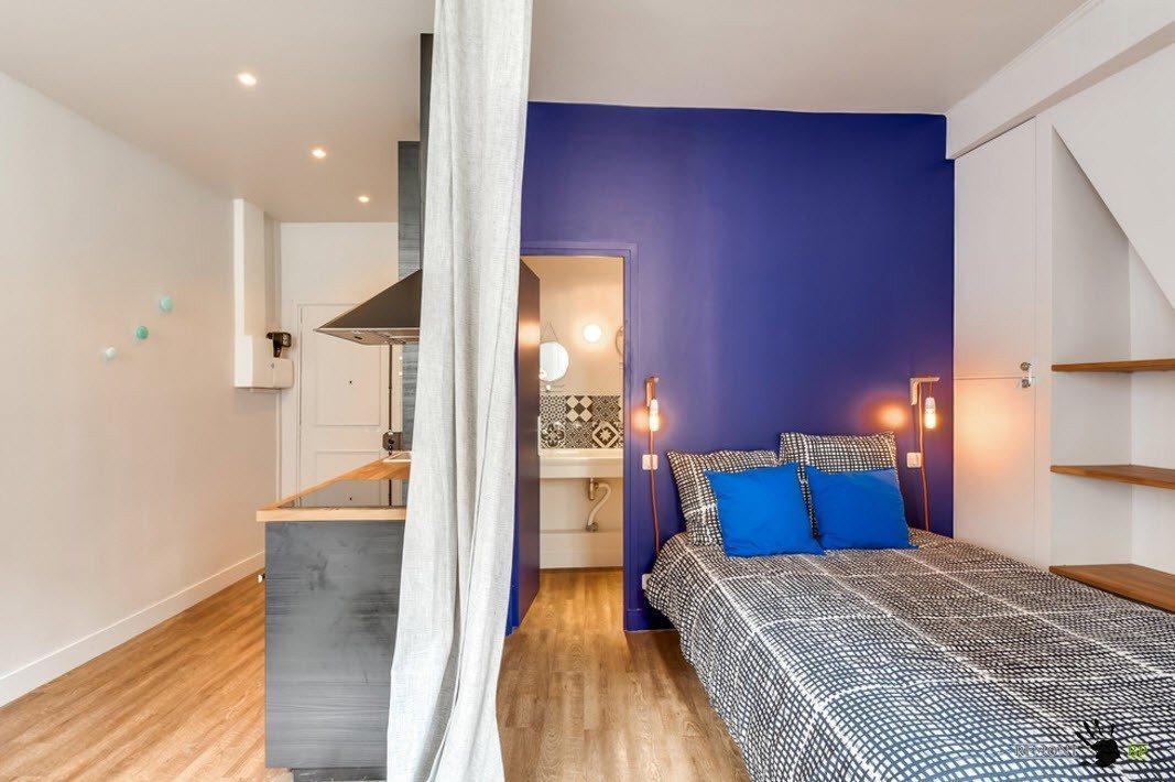 Комната-студия со спальным местом