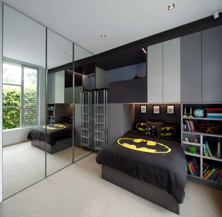 Использование кровати-чердака в комнате для двоих