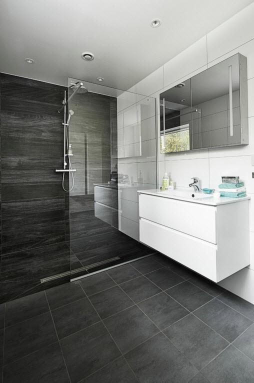 Бело-серый дизайн комнаты для водных процедур