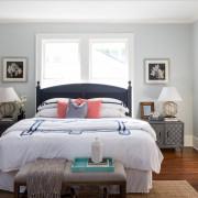 Спальня, наполненная светом